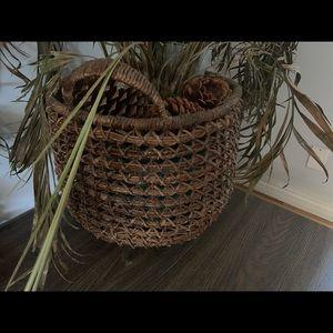 Beautiful Woven Pottery Barn Basket